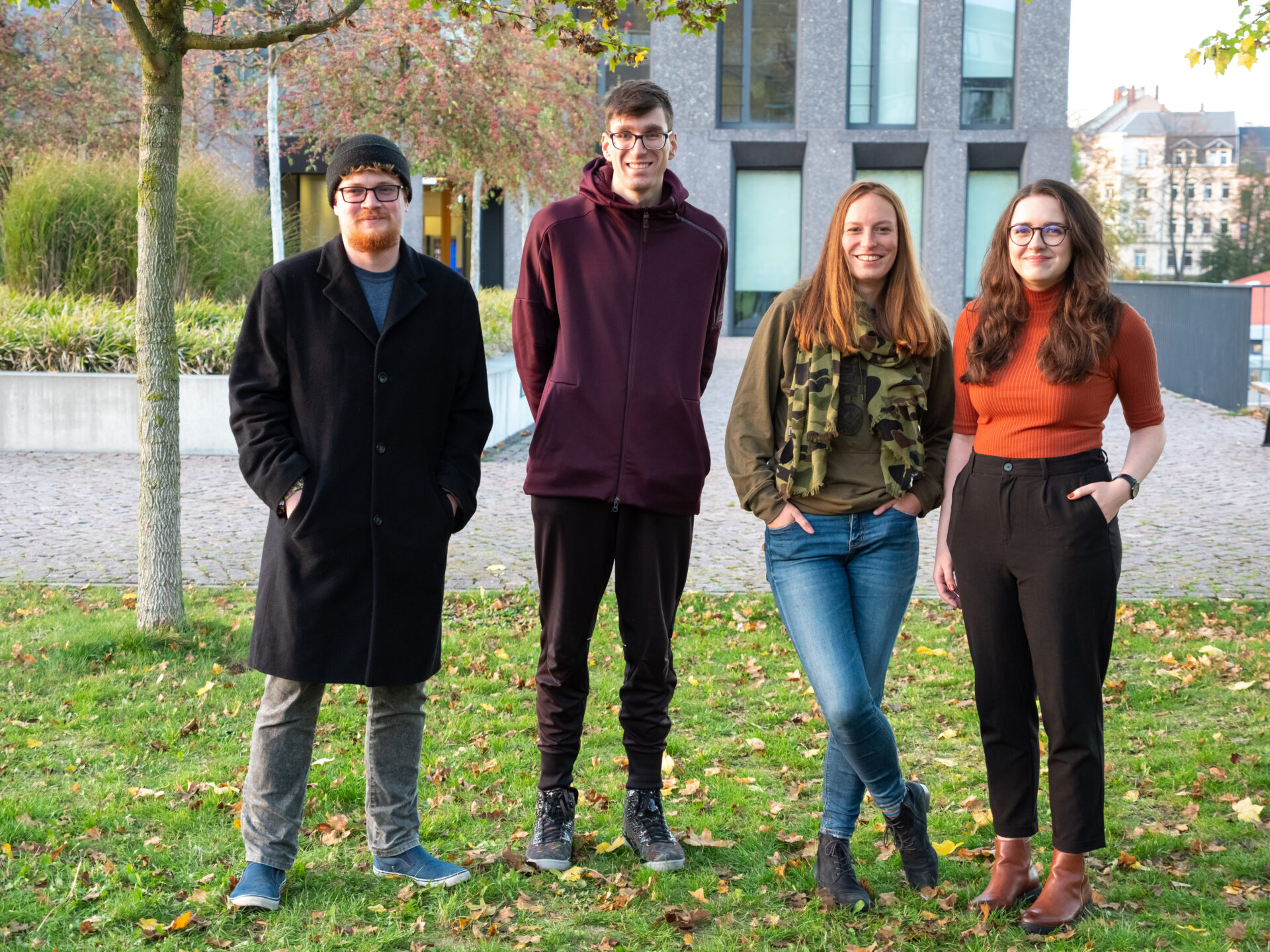 Das Team Text des Crossmedia- Teams der Hochschule Mittweida: Julia Walter Mitglieder: Nicklas Trost, Isabel Micha, Jonas Dorn, Luise Geck