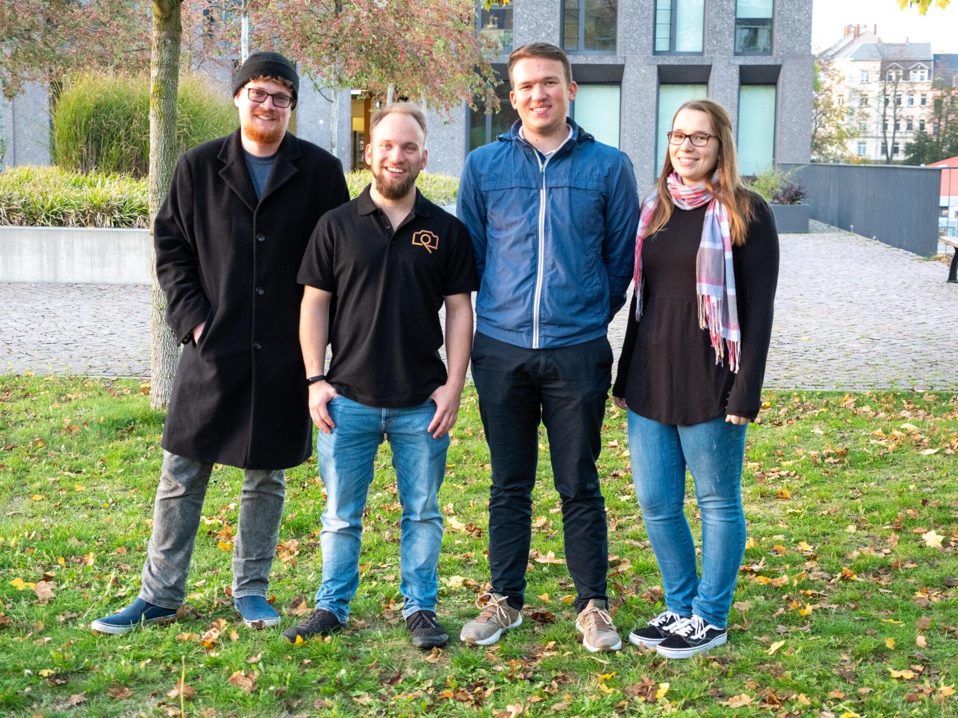 Das Crossmediateam der Hochschule Mittweida um die Projektleiter Marius Knöfler und Leon Petzoldt