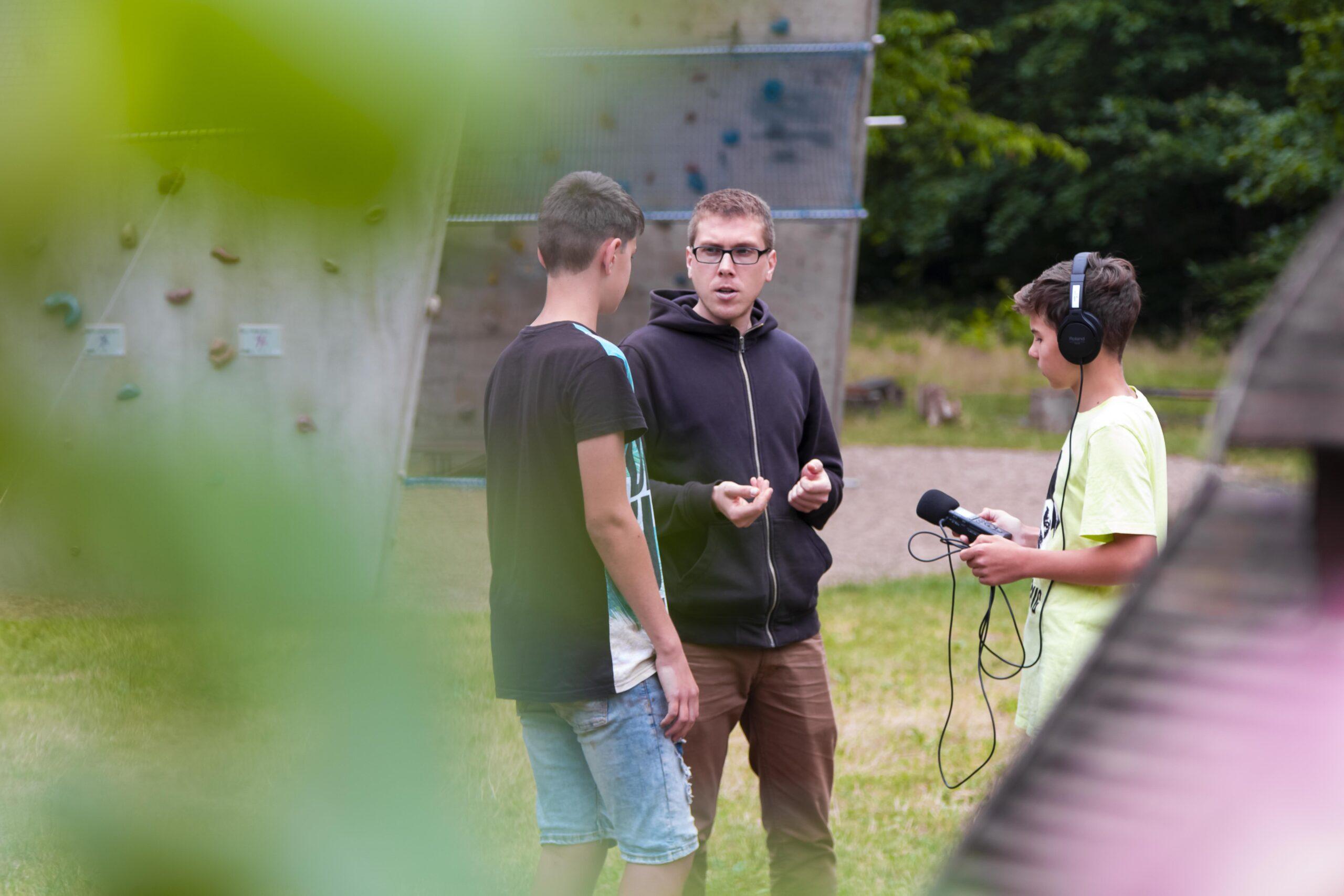 Die Jungen Naturwächter interviewen den Medienpädagogen Johannes Gersten